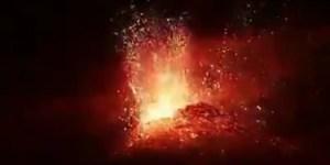 Imagen erupción 21.07.22 fuente Twitter: Victor Alvarez https://twitter.com/valvarez969/status/1285891590372888577?s=20