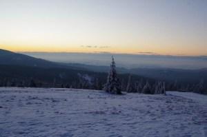 Oczekiwanie na wschód słońca na Rysiance