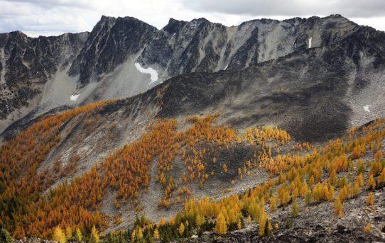 Hoodoo Peak and Raven Ridge