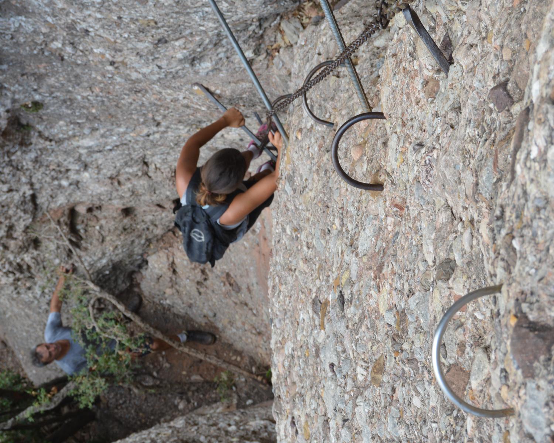 Travessa Agulles i Frares Encantats, Montserrat 37