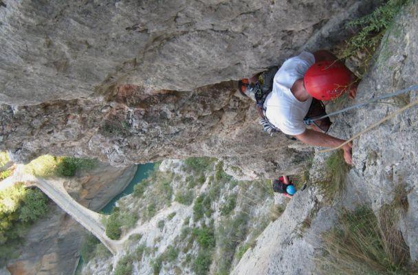 Asterix a la Peña del Santo Cristo, Olvena, Espagne 2