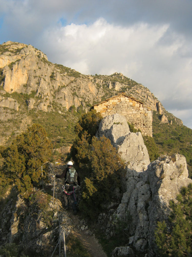 Olmo-Soler, Montrebeï 12