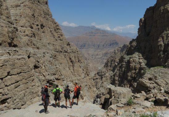 Au bout du Leopard Canyon avec vue sur Wadi Bih