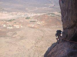 En attendant les lents, Al Hamra Tower, Oman 9