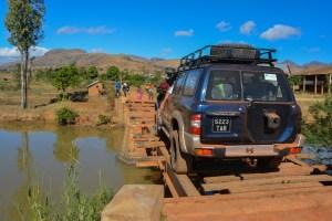 Sur la piste du Tsaranoro, Étape 1 - Sendrisoa à Ambalamanandray, Vallée de Namoly, Madagascar 3