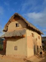 Sur la piste du Tsaranoro, Étape 1 - Sendrisoa à Ambalamanandray, Vallée de Namoly, Madagascar 31