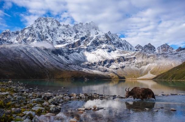 Everest 3 passes, Khumbu Himal 2