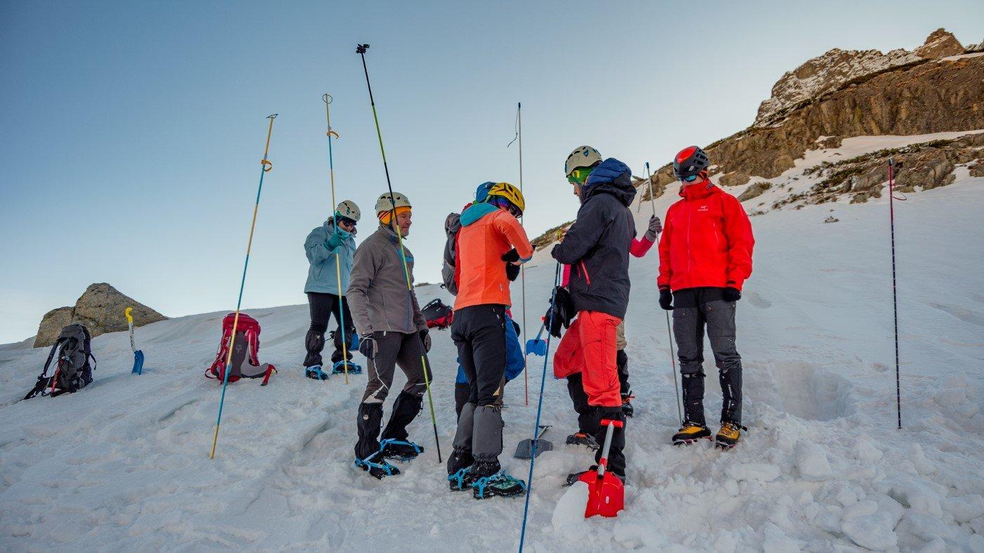 Kurs zimowej turystyki wysokogórskiej, szkolenie lawinowe