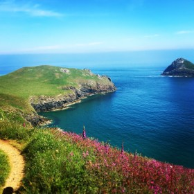 Typical North Cornwall scenery on the way to Rumps Point.