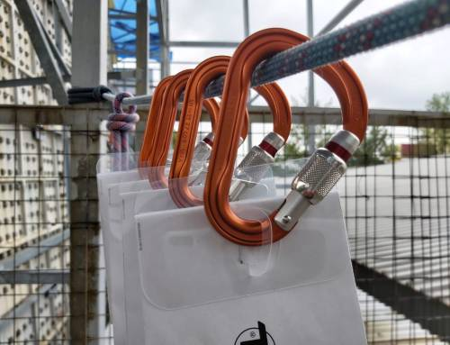Petzl Attache – The Perfect Carabiner for Multi-Pitches