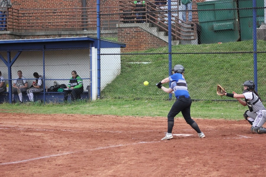 04-26-2018 Samantha Gray drives in run for CHS