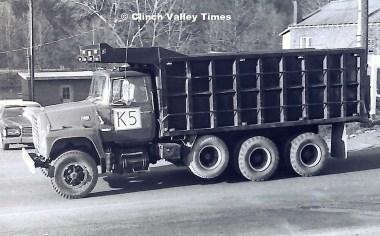 1975 Convoy (28)
