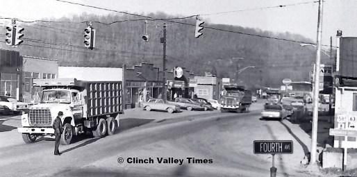 1975 Convoy (5)