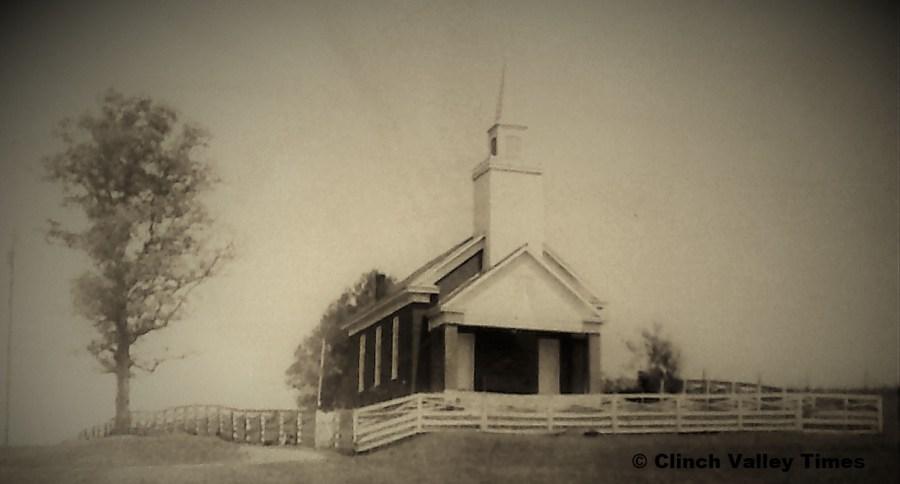 NimoFilm_1573 Brick Baptist Church