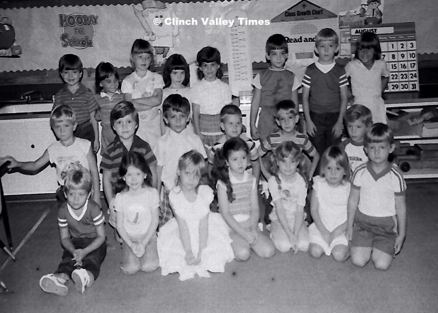 NimoFilm_3589 St. Paul School - first day 1985-86