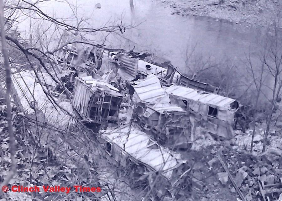 NimoFilm_8972 Clinchfield Train Derailment