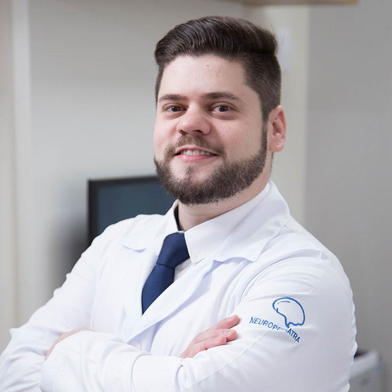 Dr. Charlington Moreira Cavalcante