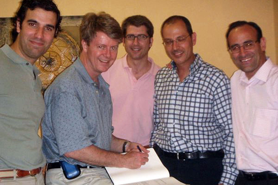 Con el Dr O´Driscoll de la Mayo Clinic, Sevilla. Invitado por el Dr Bernaldez