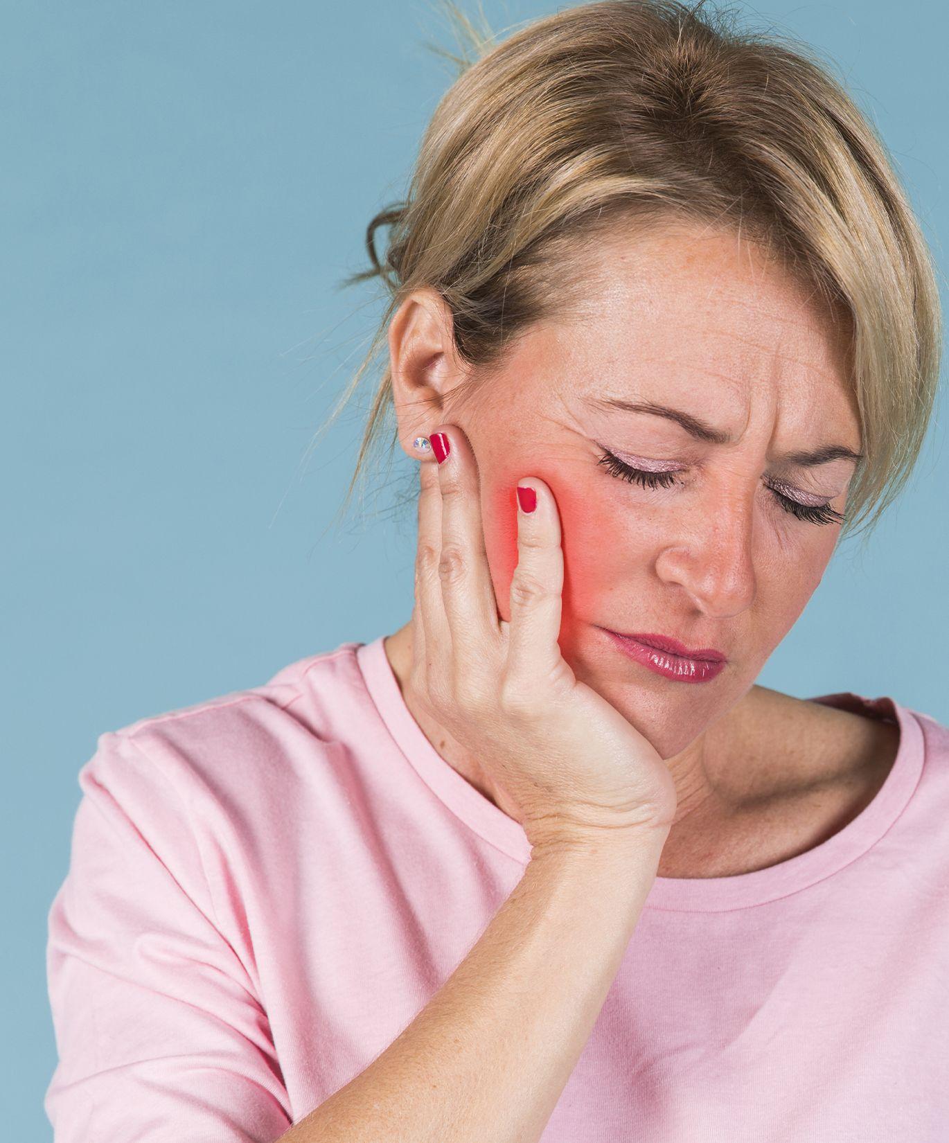 Boca ardiente y dolor de cabeza