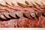 El consumo de frecuente de derivados carnicos puede aumentar las probabilidades de trastornos cardiovasculares severos.