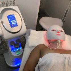 Mascara facial led