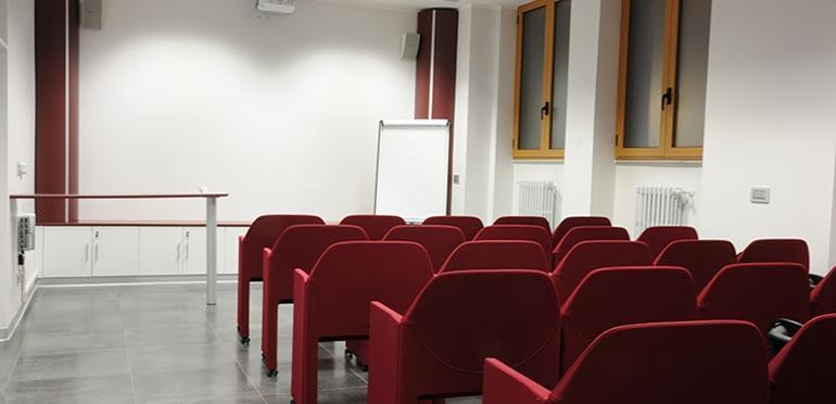 clinica-viana-novara_sala-conferenze-2