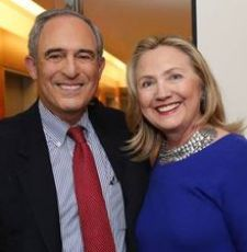 Lanny Davis and Hillary Clinton (Credit: public domain)