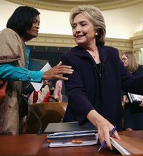 Cheryl Mills and Hillary Clinton at the House Benghazi Committee hearing on June 28, 2016. (Credit: Chip Somodaville / Getty Images)
