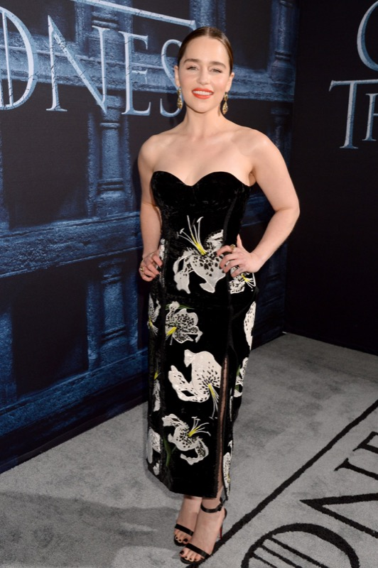 ClioMakeUp-game-of-thrones-trono-di-spade-premiere-red-carpet-emilia-clarke-stagione-6