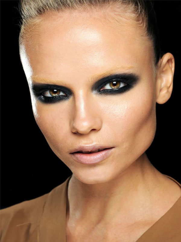 Gucci-Spring-2012-beauty-3