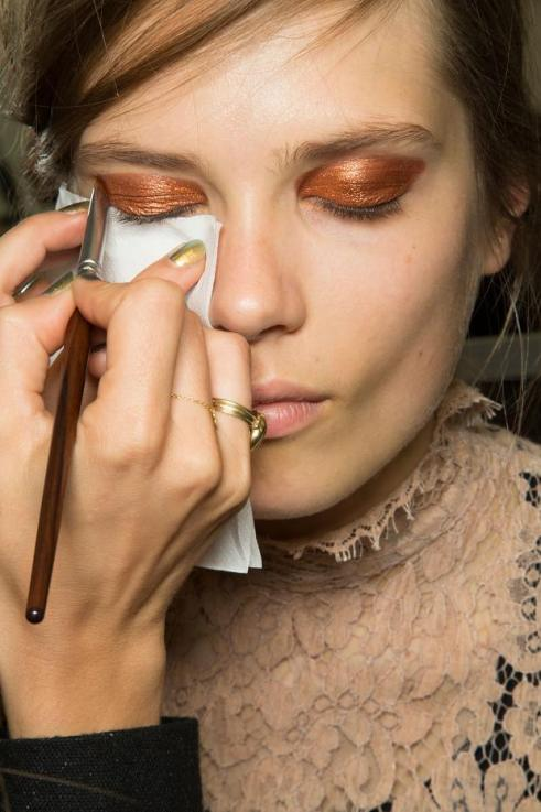 chloe-backstage-spring-summer-2013-pfw1
