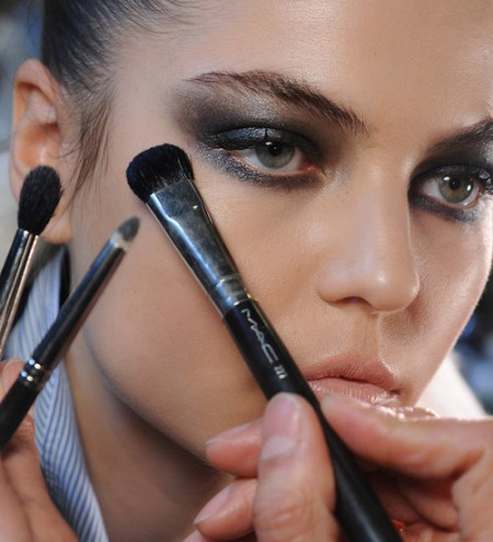 MAC-Fall-Winter-2013-Makeup-Trends-Look1