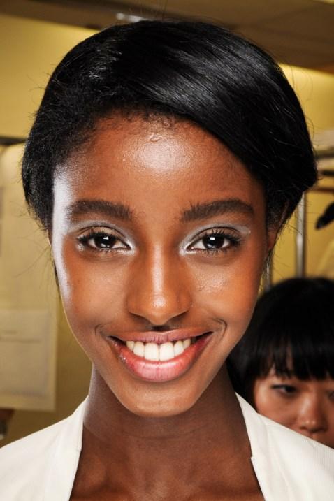 skin-makeup-black-model-african-dark-lipstick