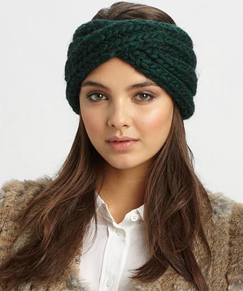 knitted-winter-headband-skiing