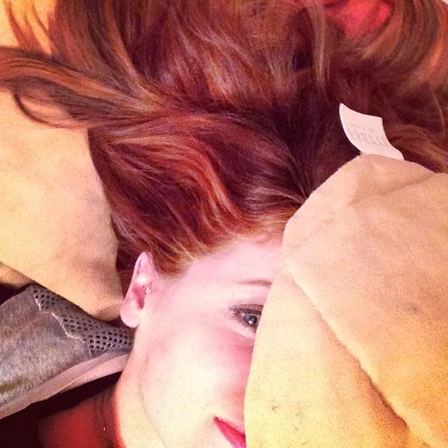 clio capelli rossi 2