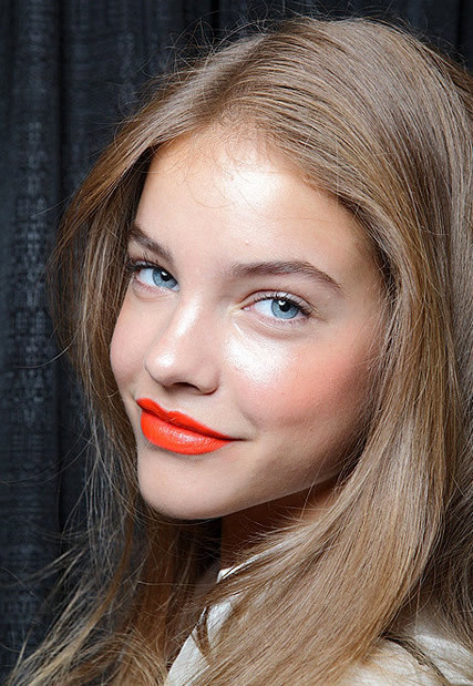 orange-lipstick-makeup-trends-2011