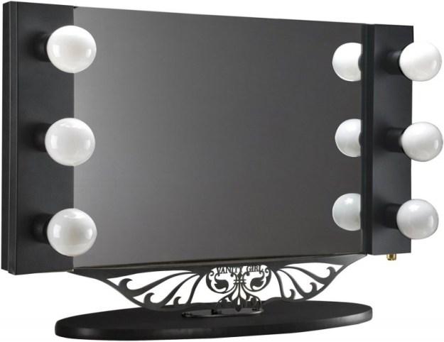 specchio specchio delle mie brame... costi davvero tanto e quindi non ti avrò mai nel mio reame! :D
