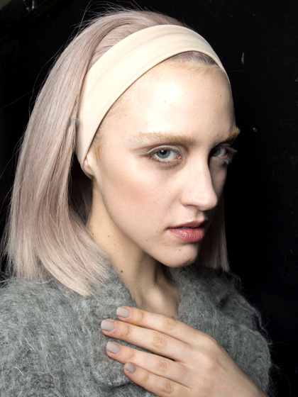 fall-2014-nyfw-nail-trends-marc-jacobs