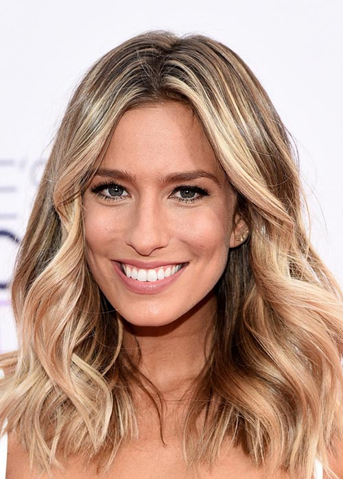 Renee BarghPeoples_Choice_Awards_2015_hairstyles_Renee_Bargh_medium_waves1