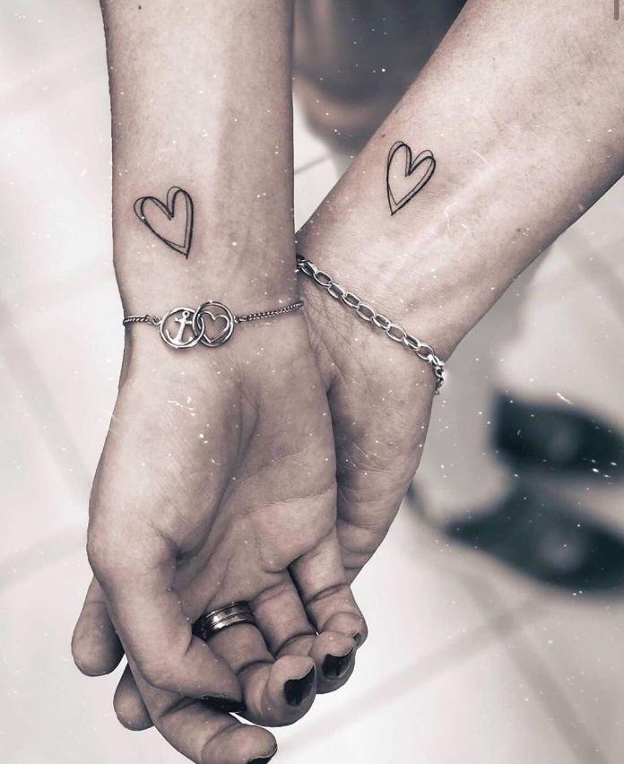 Tatuaggi Piccoli E Femminili Tante Idee E Le Risposte Ai Quesiti Piu Comuni