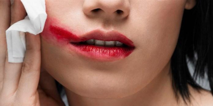 cliomakeup-skincare-labbra-scrub-struccare-makeupview.jpg