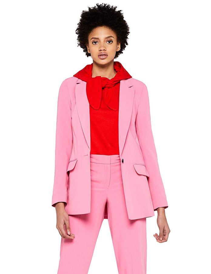 ClioMakeUp-copiare-look-Filippa-Lagerback-26-blazer-rosa