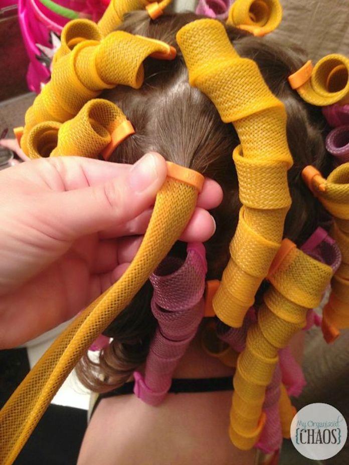 cliomakeup-capelli-mossi-senza-calore-10-bigodini-spirale-uncinetto