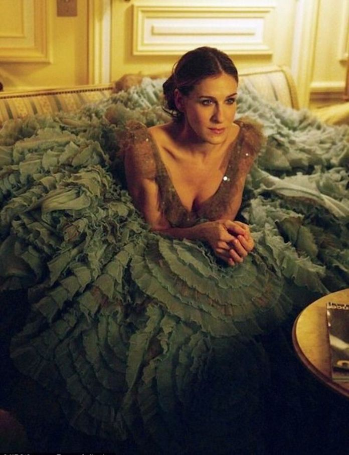 cliomakeup-look-iconici-serie-tv-2-carrie-bradshaw