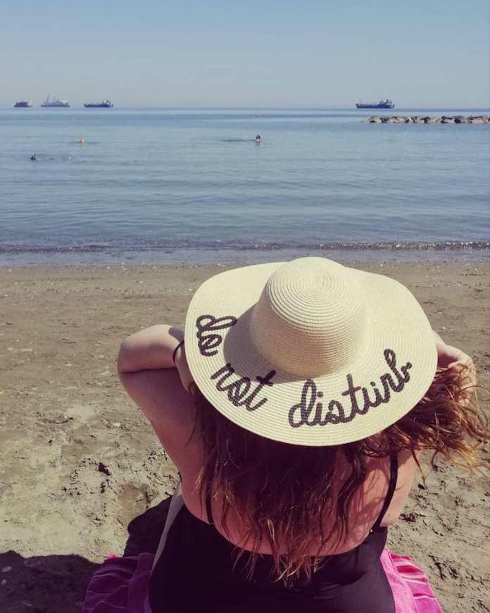 cliomakeup-proteggere-capelli-estate-7-cappello-largo