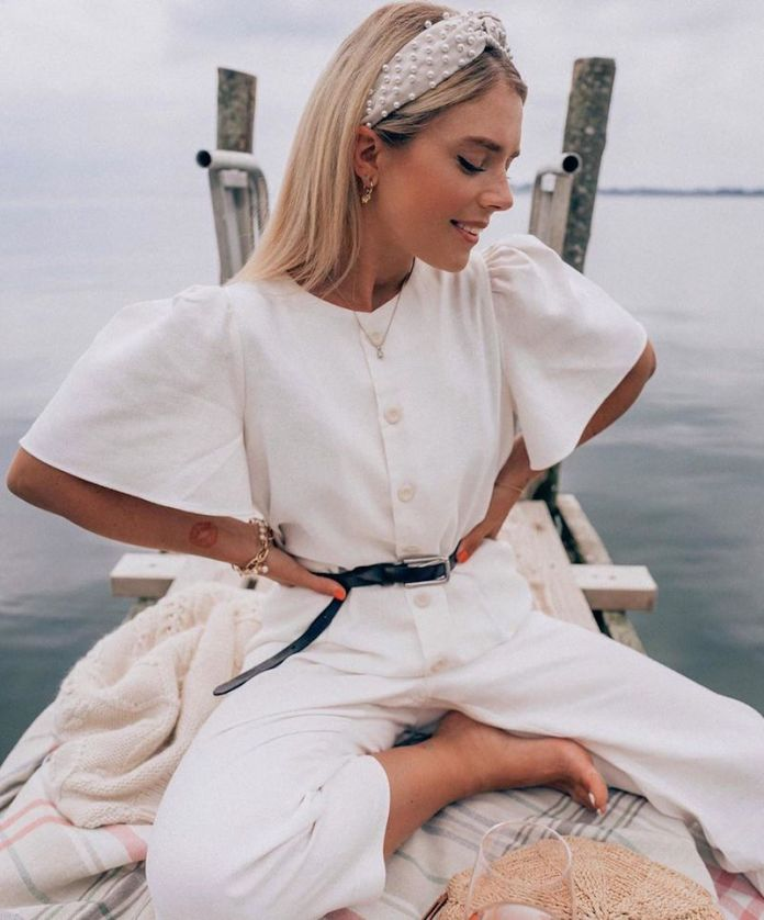 ClioMakeUp-jumpsuit-9-tuta-bianca-dettagli-.jpg