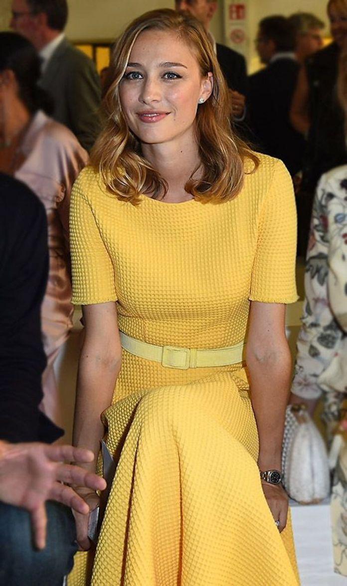 cliomakeup-Beatrice-Borromeo-look-8-vestito-giallo