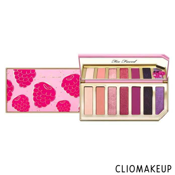 cliomakeup-recensione-palette-too-faced-razzle-dazzle-berry-eye-shadow-palette-1