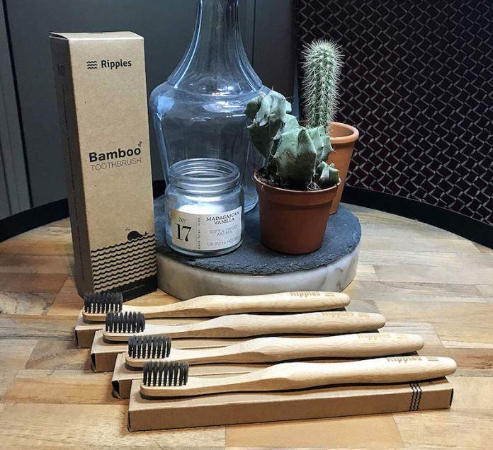 cliomakeup-beauty-routine-green-15-spazzolino-bambù