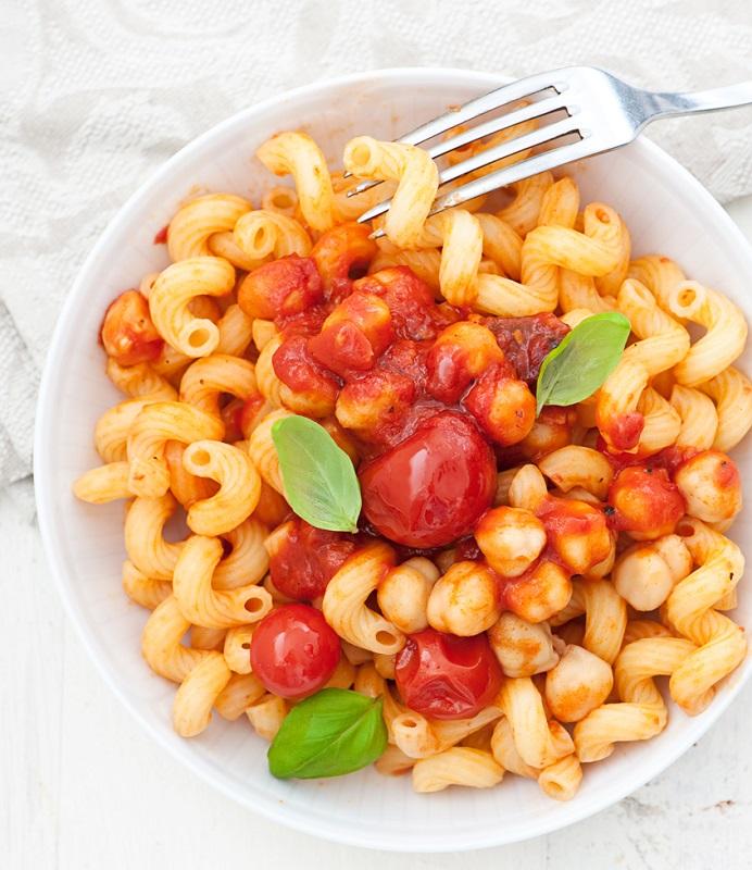 cliomakeup-dieta-ipocalorica-17-pasta-pomodori-ceci